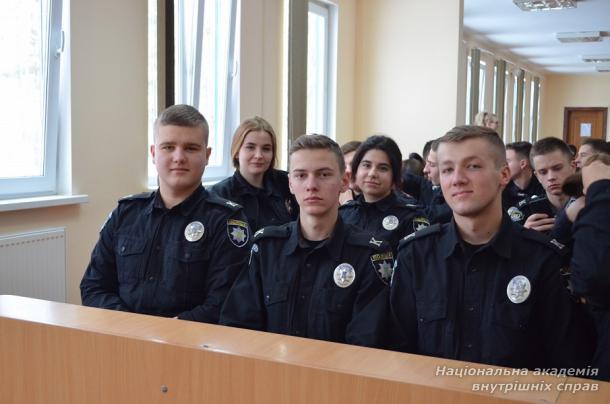 Зустріч керівництва академії з курсантами першого курсу